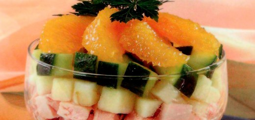 სალათი-კოქტეილი ქათმითა და ხილით